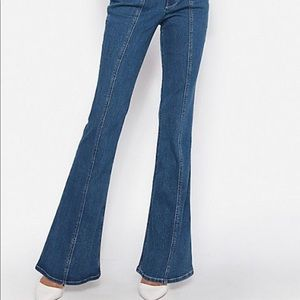 NWOT EXPRESS- seamed flare jeans, 6 Long
